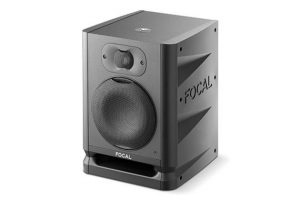 focal-alpha-50-evo-angle-front-grill