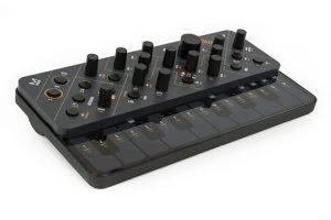 modal-electronics-skulpt-angle-left