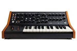 moog-subsequent-25-front