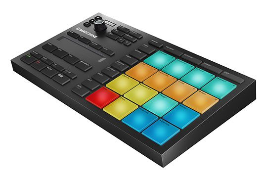 native-instruments-maschine-mikro-mk3-angle