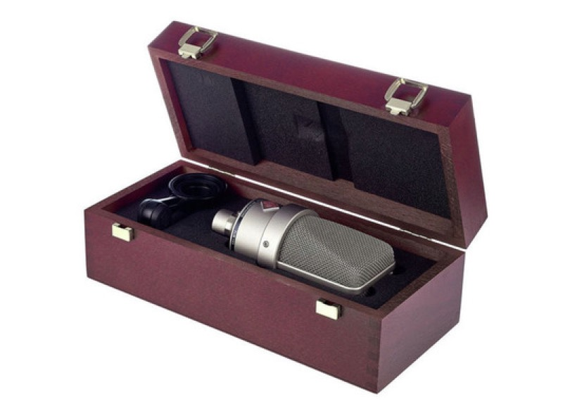 Neumann Tlm 103 Silver With Wooden Case