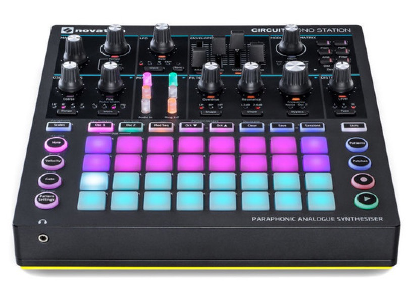 Novation - Circuit Monostation - Vue avant