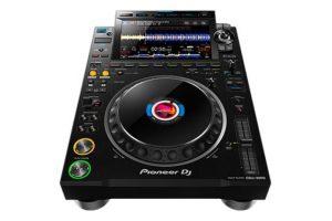 pioneer-dj-cdj-3000-angle-front