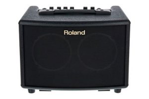 roland-ac-33-front