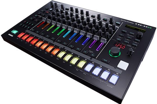 roland-tr-8s-side