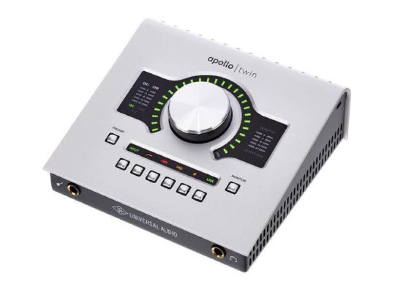 Universal Audio Apollo Twin Duo Usb Left Angle
