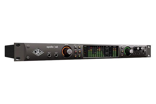 universal-audio-apollo-x8-angle